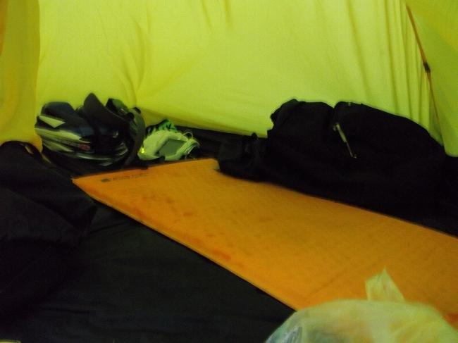 15 テントは慣れればOK