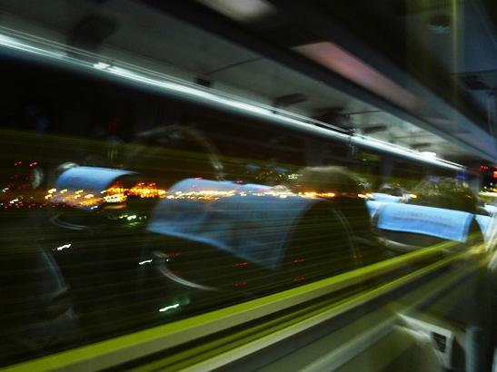 10高速バス
