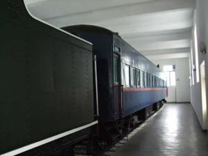 パシニと客車