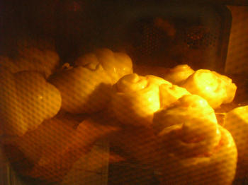 菓子パン3