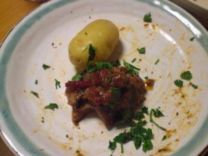 豚すね肉のトマト煮