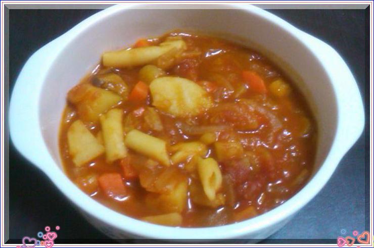 野菜たっぷりトマトスープパスタ