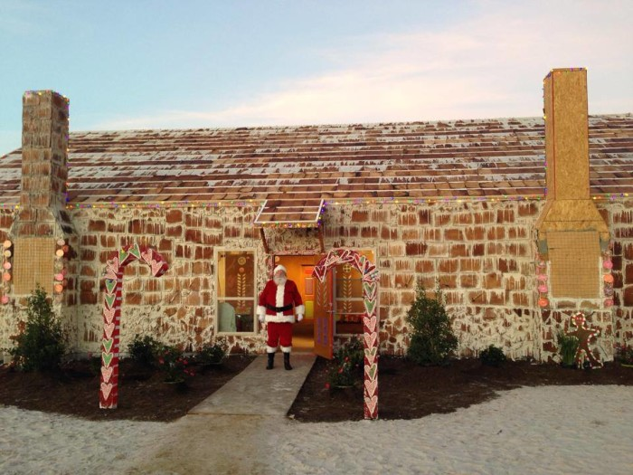 Texas-Gingerbread-House-6-e1386540897172.jpg
