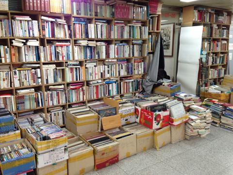 korean vinyl store 3