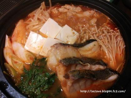 キムチ鍋〜♪完成です〜!