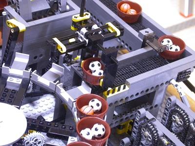 lego_factory_v2_3.jpg