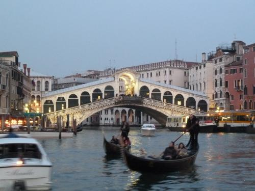 ベネチア リアルト橋 P1010299縲