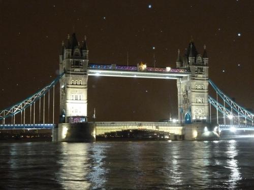 ロンドン タワーブリッジ P1020249縲