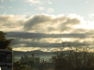 20101216_しましまの雲