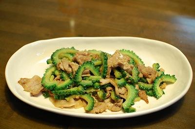 ゴーヤと豚の味噌炒め1