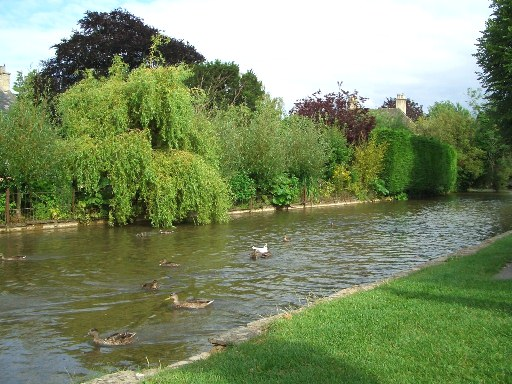 20 Bourton-on-the-Water