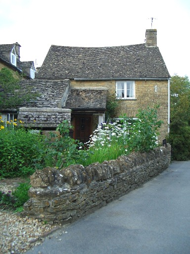 26 Bourton-on-the-Water