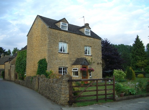 25 Bourton-on-the-Water