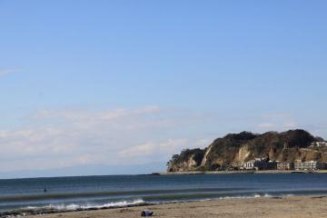 由比ヶ浜の海