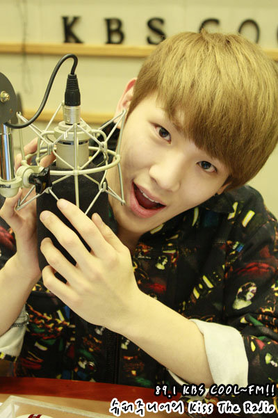 110315 sukira official photo-4