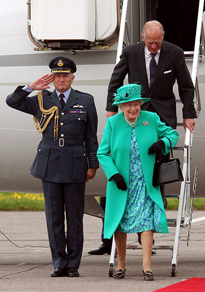 Queen-in-Ireland--002.jpg