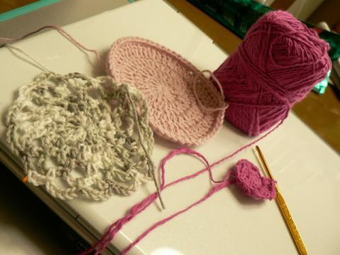 手編みのコースター