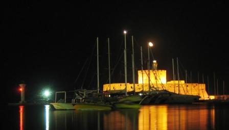 ロードス島 夜のハーバー