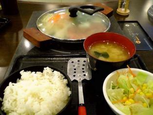 肉屋の正直な食堂(横浜市)でハンバーグ2