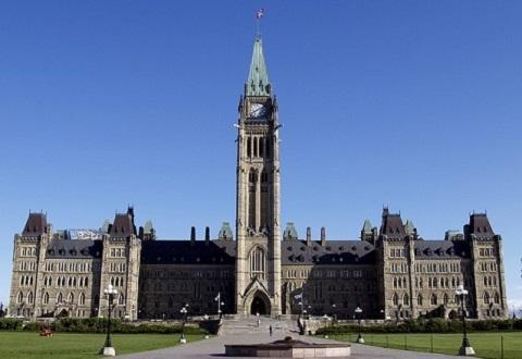 131120 カナダ議会