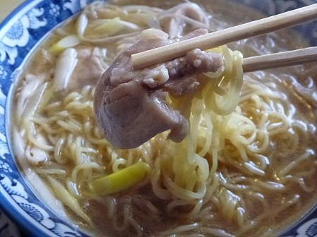 鶏正油ラーメン05(2012.2.3)