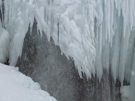 七滝氷瀑比較04(2012.2.12)