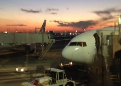 羽田空港 (400x284)