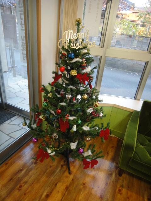 三ツ屋ふたば クリスマスツリー