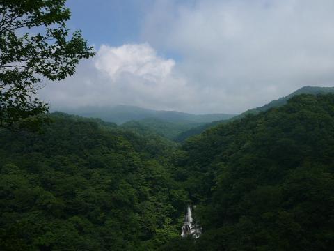 霧降の滝4