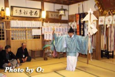 kami_yomi_2010_03.jpg