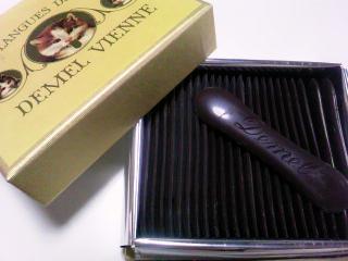 デメル ソリッドチョコレート 猫ラベルスウィート25枚