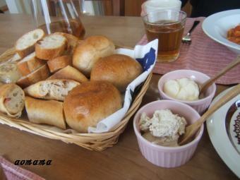 minaランチパン