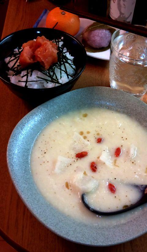 鶏 ガラ スープ 白菜