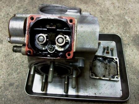 RM125エンジン02