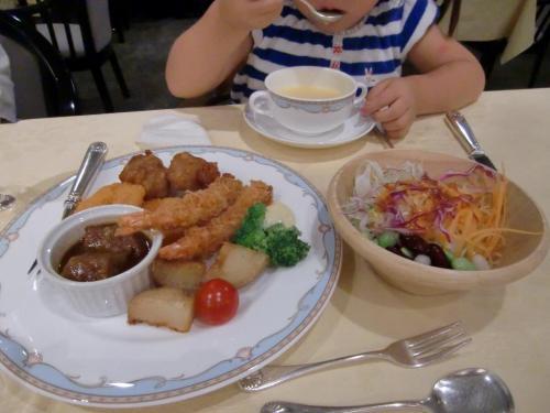 お子様ランチ夕食1