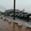 雨の新波止