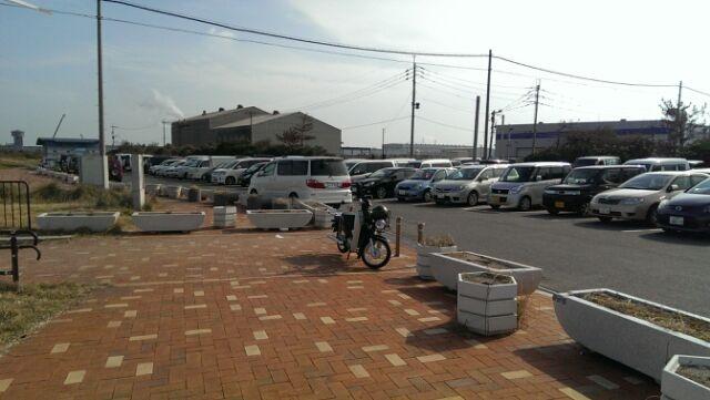 11月16日新波止前駐車場。