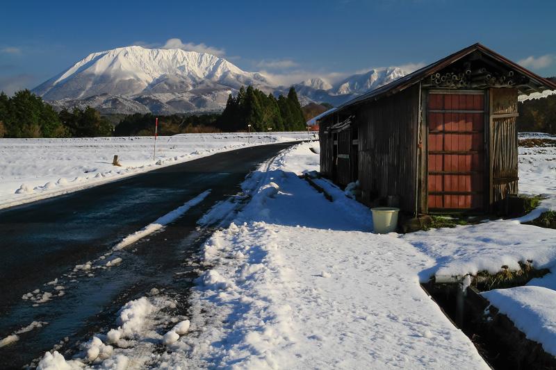 大山 貝田 冬景色