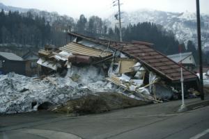家屋の倒壊