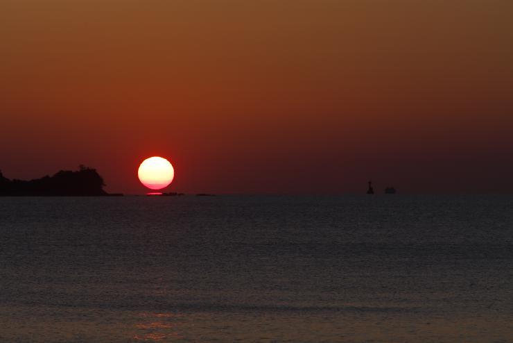 丸山海浜パークからの夕陽その2