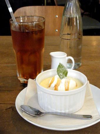 『Cafe Hi famiglia(カフェ ハイファミリア)』のプリン