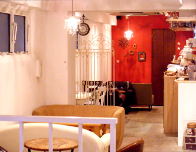 『ALL C's CAFE(オール シーズ カフェ)』のクリームオムライス