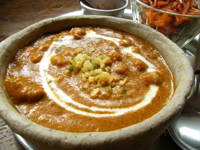 『Shiva Cafe shakti(シヴァカフェ シャクティ)』のチキンとひよこ豆のカレー