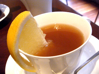 『PRIUS CAFE(プリュスカフェ)』のグレープフルーツティー