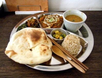 『Shiva Cafe shakti(シヴァカフェ シャクティ)』のダルバートセット