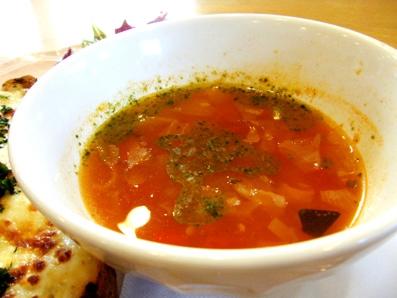 『アフタヌーンティー・ティールーム』のクロックムッシュ&色々野菜のトマトスーププレート