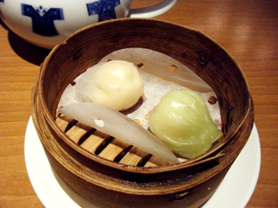 『謝朋殿(シャホウデン)』の担担麺