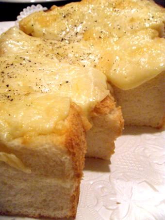 『珈琲貴族 エジンバラ』のチーズトースト