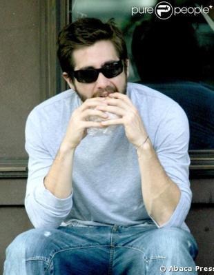 ジェイク食べる