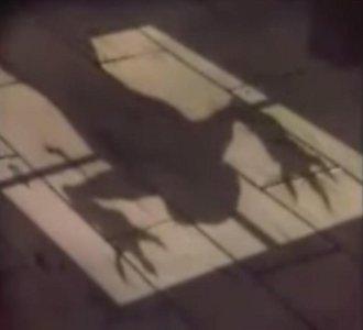 5 アニメ、ベムの影